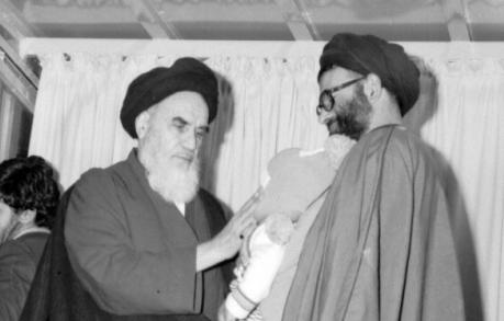 الرئيس روحاني يعزّي بوفاة آية الله رسولي محلاتي