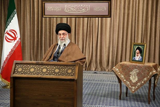 قائد الثورة: على أميركا الانسحاب من العراق وسوريا فوراً