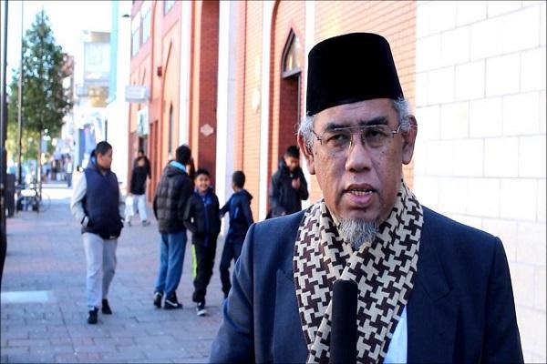 الإمام الخمیني (رض) خلق روح الوحدة لدی المسلمین