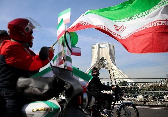 إيران تحيي الذكرى الـ42 لانتصار الثورة الإسلامية