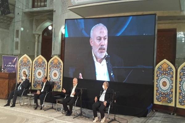 الإمام الخمیني (رض) أحیی من خلال الثورة الإسلامیة الدین الإسلامي