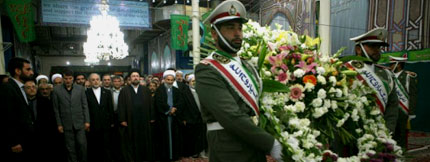 In the past week many heads, admirers of the Imam and foreigners visited the places related to the Imam