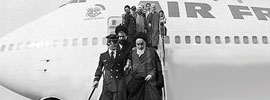 Imam Khomeini's Arrival Reminds us of Matchless Epic
