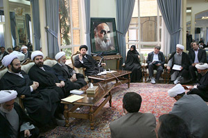 Hassan Khomeini Highlights Needs for Promoting Imam Thought