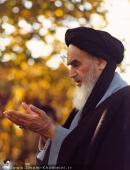 Imam Khomeini while praying