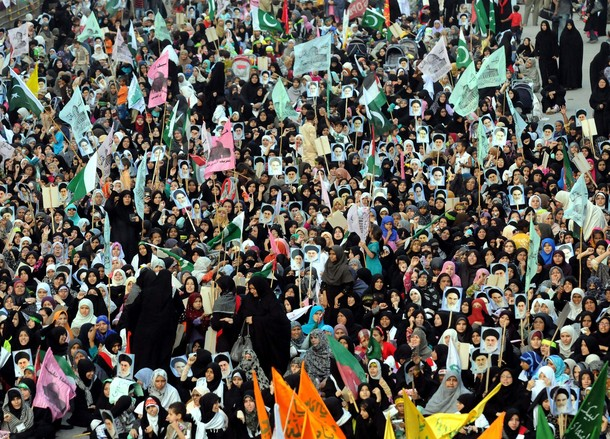 Millions say Yes to Imam Khomeini
