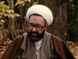 Imam Khomeini Recommended to Read Motahari Books