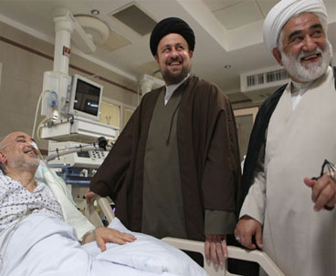 Seyyed Hassan Khomeini Visited Official at Hospital
