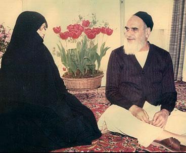 Imam Khomeini's Wife, an Intelligent Backer of Revolution
