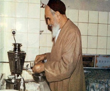 Imam Khomeini possessed unique positive characteristics