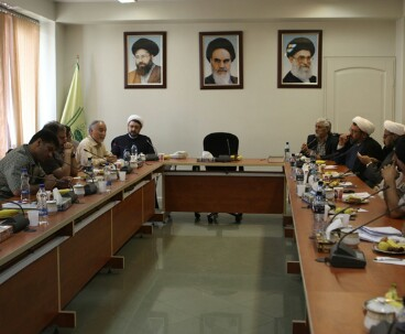 Institute holds joint meeting of art departments