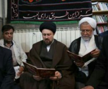 Hassan Khomeini attends remembrance ceremony