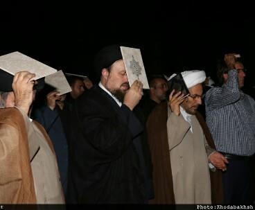 Mass spiritual gathering held at Imam Khomeini shrine