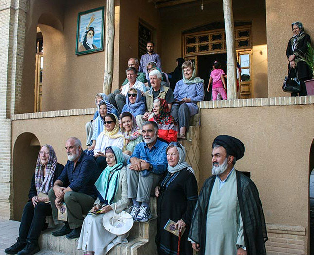 American tourists visit Imam Khomeini`s historic residence in Khomein