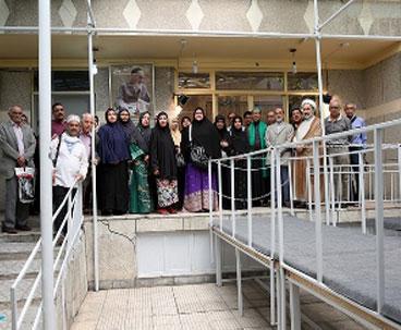 Indonesian tourists visit Imam Khomeini's residence