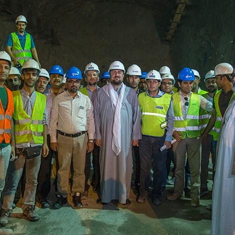 Seyyed Hassan Khomeini hails Iranian engineers' efforts
