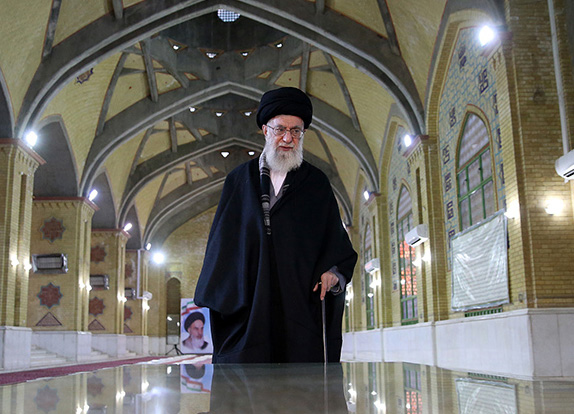 Supreme Leader pilgrimage to Imam`s mausoleum and Behesht-e Zahra cemetery
