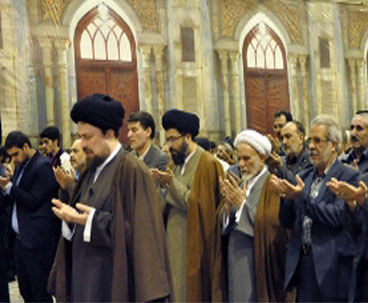 Seyyed Hassan Khomeini leads prayers at shrine