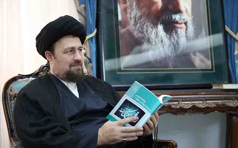 Delegation from Iran public relations center holds meeting with seyyed Hassan Khomeini