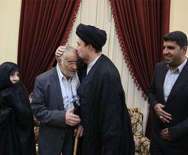 Seyyed Hassan Khomeini meets Shahid Fahmideh's family
