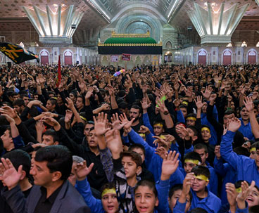 Mourning ceremony held at Imam Khomeini's shrine