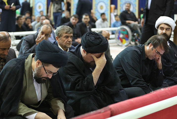 Laylat al-Qadr ceremony held at Imam Khomeini shrine