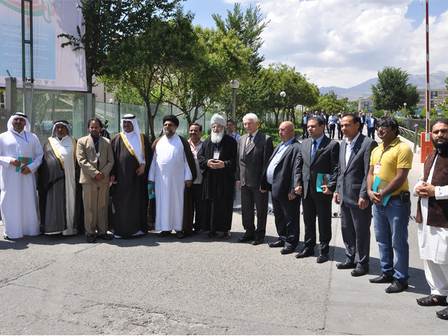 Foreign participants of Imam's passing away anniversary in National Library and Archive Organization of Iran