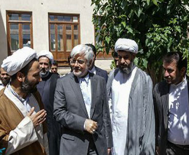 Prominent politician visits Imam's historic residence