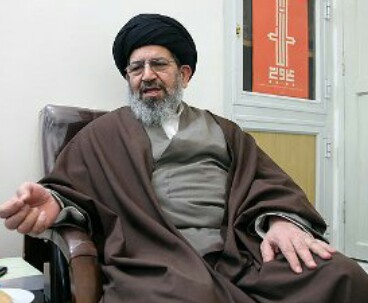 Hassan Khomeini condoles passing away of Imam's pupil