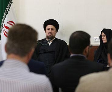Seyyed Hassan Khomeini stresses winning public trust