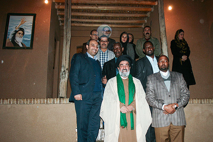 Somalia`s embassador pays a visit to Imam Khomeini`s house in Jamaran