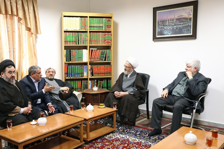 Families of late Ayatollah Hashemi Rafsanjani meet with senior clerics and religious authorities