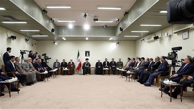 Economic issues, Iran's first and foremost priority: Leader