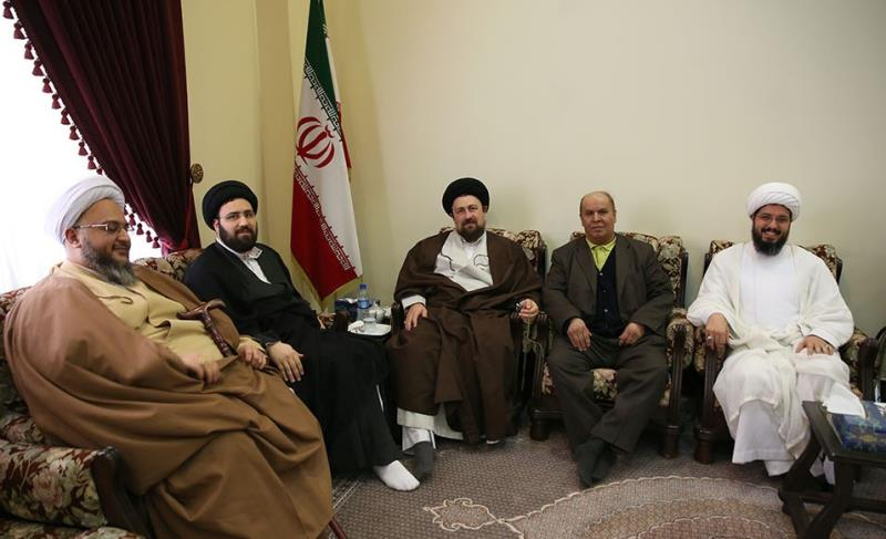 Famous figures in a meeting with Sayyed Hassan Khomeini during Nowruz