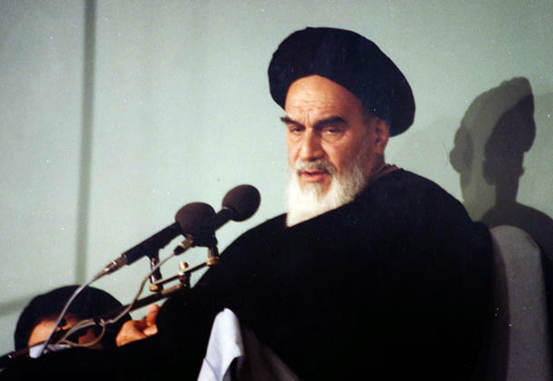 Imam Khomeini does not interpret politics as a science of power