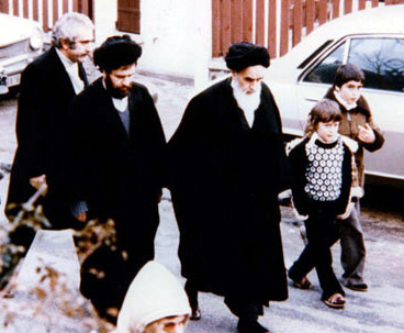 Imam Khomeini's migration to Neauphle-le Chateau boosted revolution