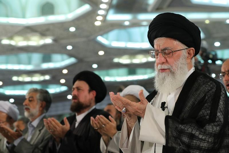 The supreme Leader`s presence in Eid- al Fitr prayers at the Grand Mossala