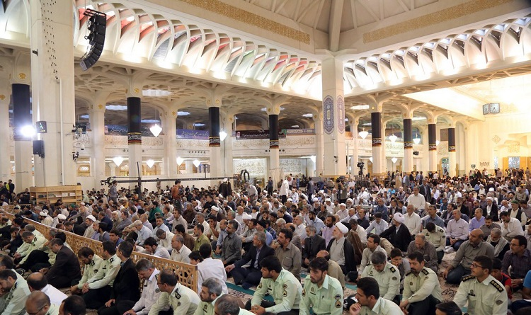 Supreme leader hosts Imam Khomeini`s commemoration held in the holy city of Qom