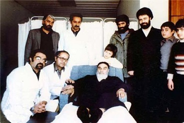 Imam Khomeini showed great patience, self-esteem in thick and thin times