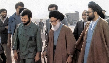 Ayatollah  Dastgheib was a great trainer and spiritual leader, Imam Khomeini stressed