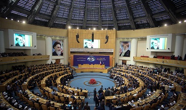 Scholars shed light on Martyr Mostafa services for Islamic Revolution
