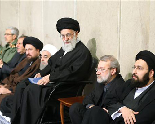 Leader hosts memorial service for Ayatollah Rafsanjani