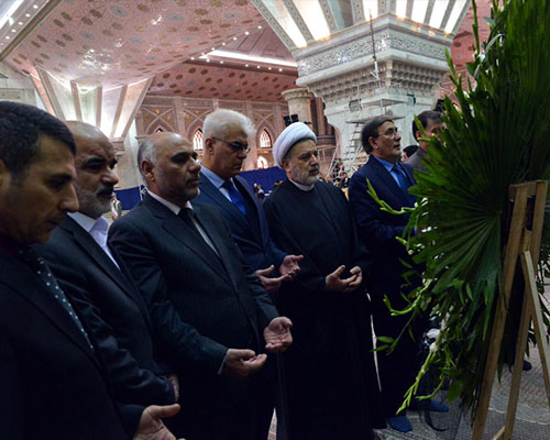The Iraqi official pays tribute to late founder of Islamic Republic