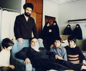 The late founder of the Islamic Revolution used to pay special attention to pay the rights of family despite his long engagements with teaching and running affairs of society.