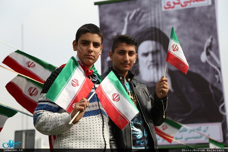 Iranians vow to pursue Imam Khomeini's path, ideals