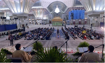 Quranic session held at Imam Khomeini's holy mausoleum in Ramadan