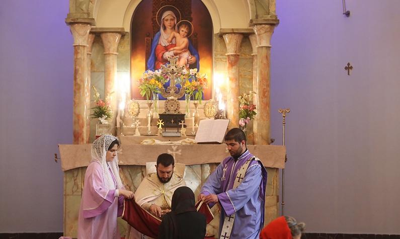 Main church holds a ceremony to mark Imam Khomeini passing anniversary