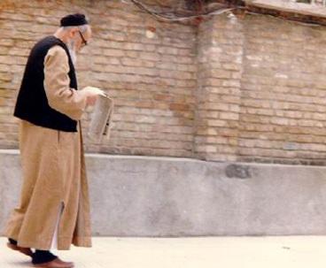 Imam Khomeini promoted press freedom, wanted media to raise awareness