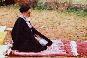 Imam Khomeini explained virtues of spiritual traveler