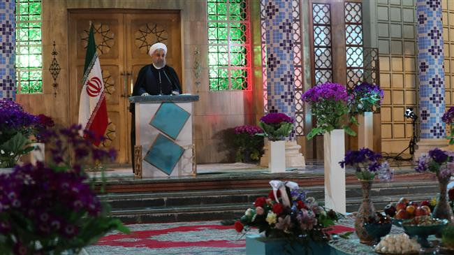 President Rouhani hails Iran`s peace efforts in Mideast